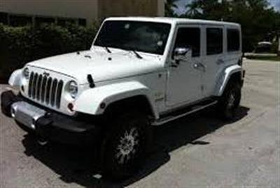 WRANGLER SAHARA UNLIMITED 4X4